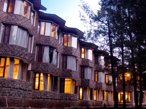 Hotel Senator Pine-n-Peak