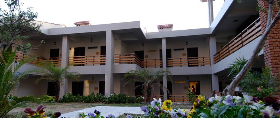 Kanatal Resorts and Spa