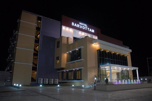 Hotel Sarvottam