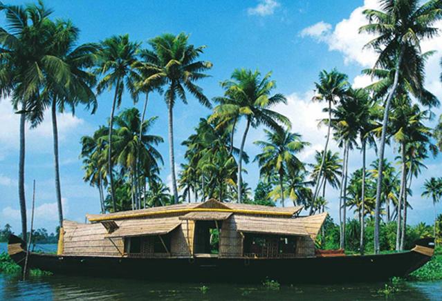 Soma Houseboats