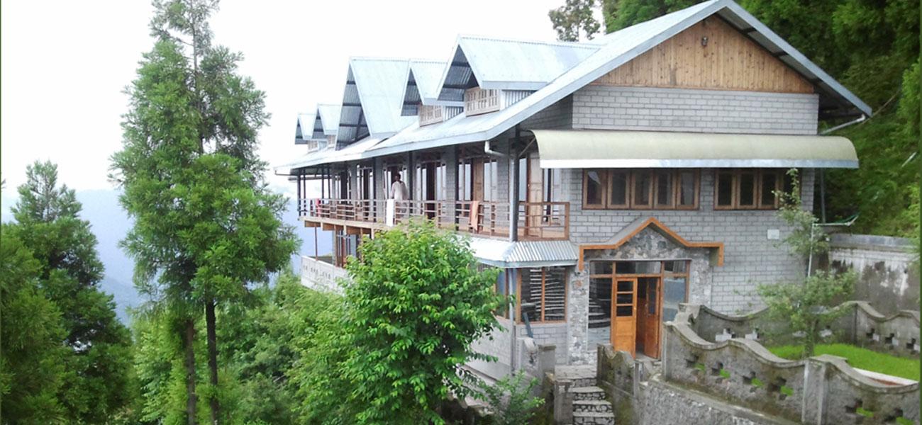 Deolo Cliff Eco Resort