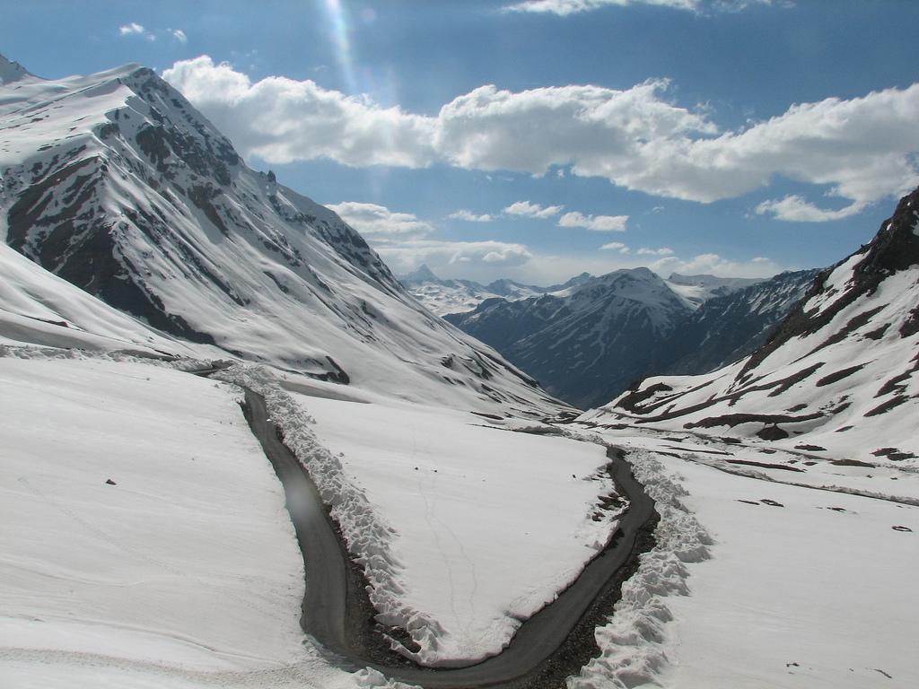 Penezalla Pass