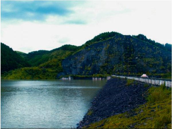 Azoa Jenephiu Magi Lake